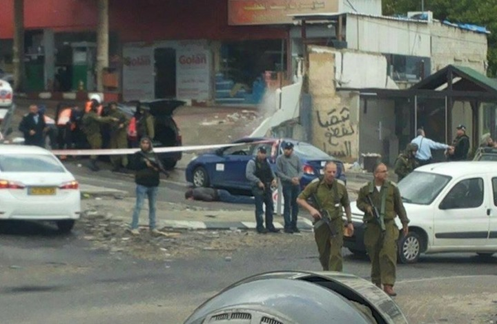 إصابة 30 فلسطينيا في مواجهات مع جيش الاحتلال قرب القدس