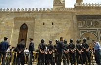 صحيفة موالية للسيسي تؤيد قصف المساجد: الإرهابيون روادها